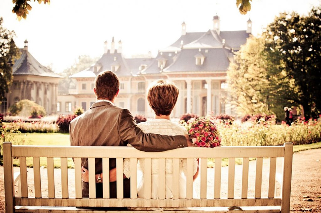 Personas casadas tienen menos probabilidades de desarrollar demencia a medida que envejecen