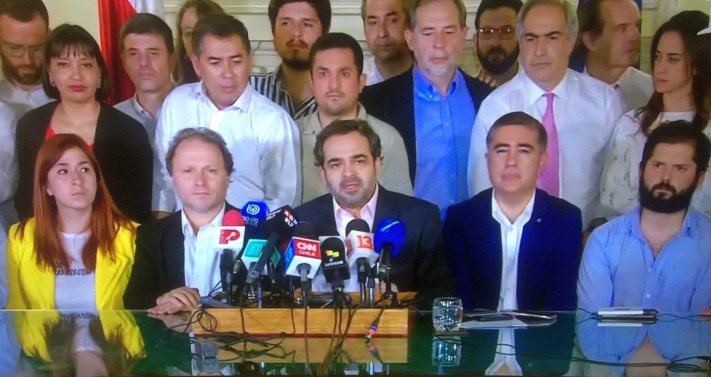 De madrugada, oficialismo y oposición alcanzan ACUERDO HISTÓRICO para Nueva Constitución