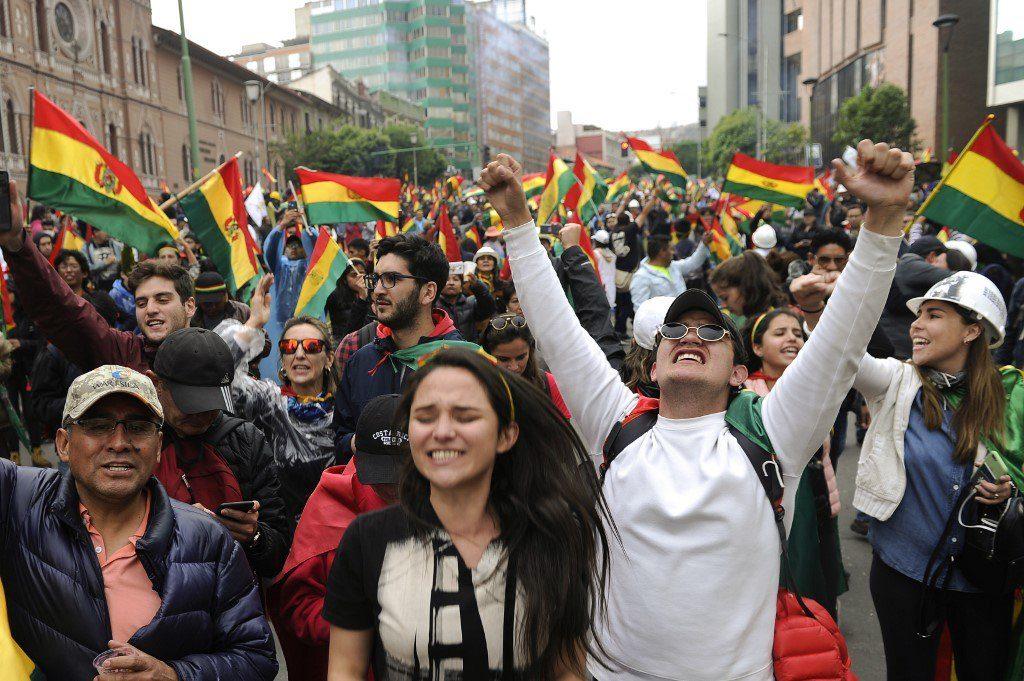 Políticos chilenos de oposición acusan que caída de Evo fue un Golpe de Estado