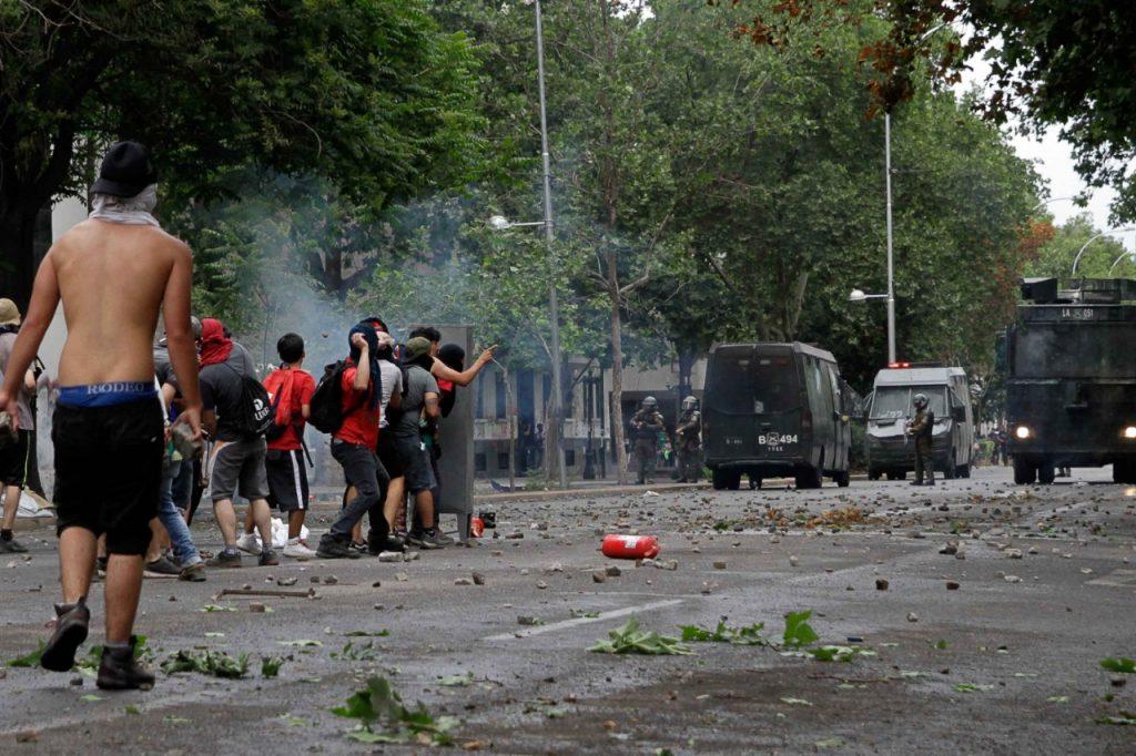 Nuevo golpe a Carabineros: Corte de Concepción ordena NO USAR BALINES contra manifestantes