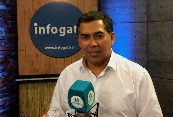 """Diputado Soto dice que Piñera puede ser destituido por un """"acto ilegal"""" al declarar TOQUE DE QUEDA"""
