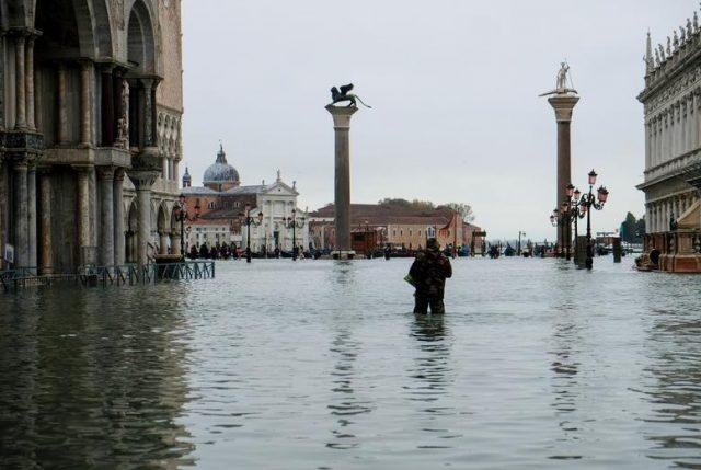 Venecia devastada por la segunda mayor marea alta de su historia