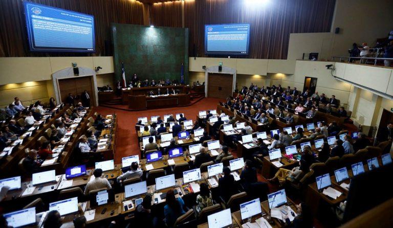 """Arde Troya en el Congreso tras """"amenazas"""" de abogados de aseguradoras por 4to retiro"""