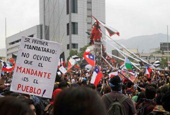 PNUD pone a Chile en el lugar 42 de desarrollo humano, pero dentro de los 50 más desiguales del mundo