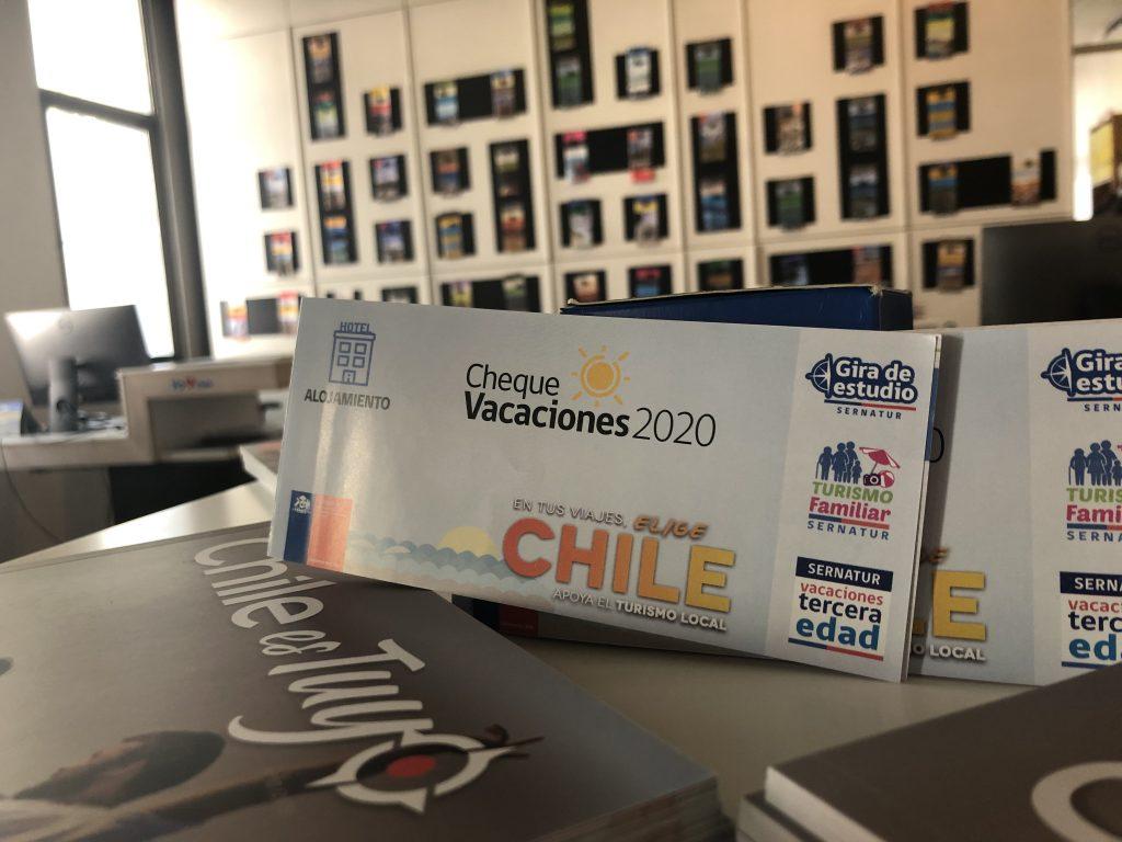 Sernatur presenta Cheque Vacaciones 2020 con importantes descuentos en todo Chile