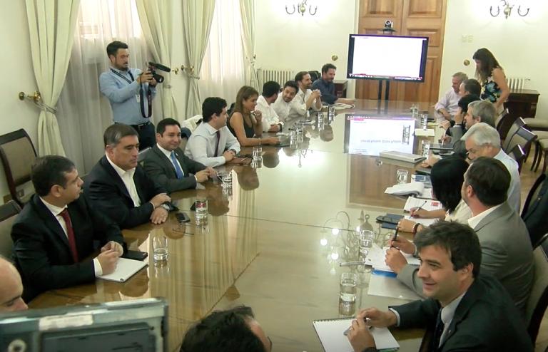 Piñera encabeza primer comité político ampliado de 2020 que confirma el acuerdo de paz en Chile Vamos