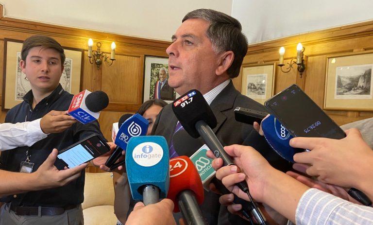 Gobierno, Congreso y Municipios discuten por elección y atribuciones de gobernadores