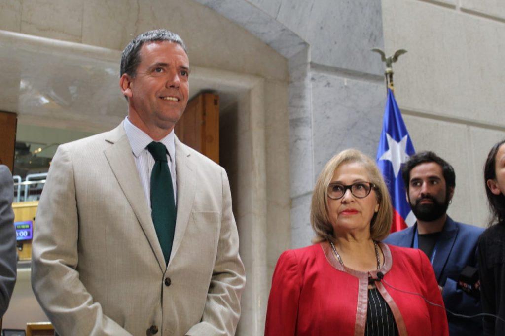 Harboe declina asumir presidencia del Senado y será reemplazado por Adriana Muñoz