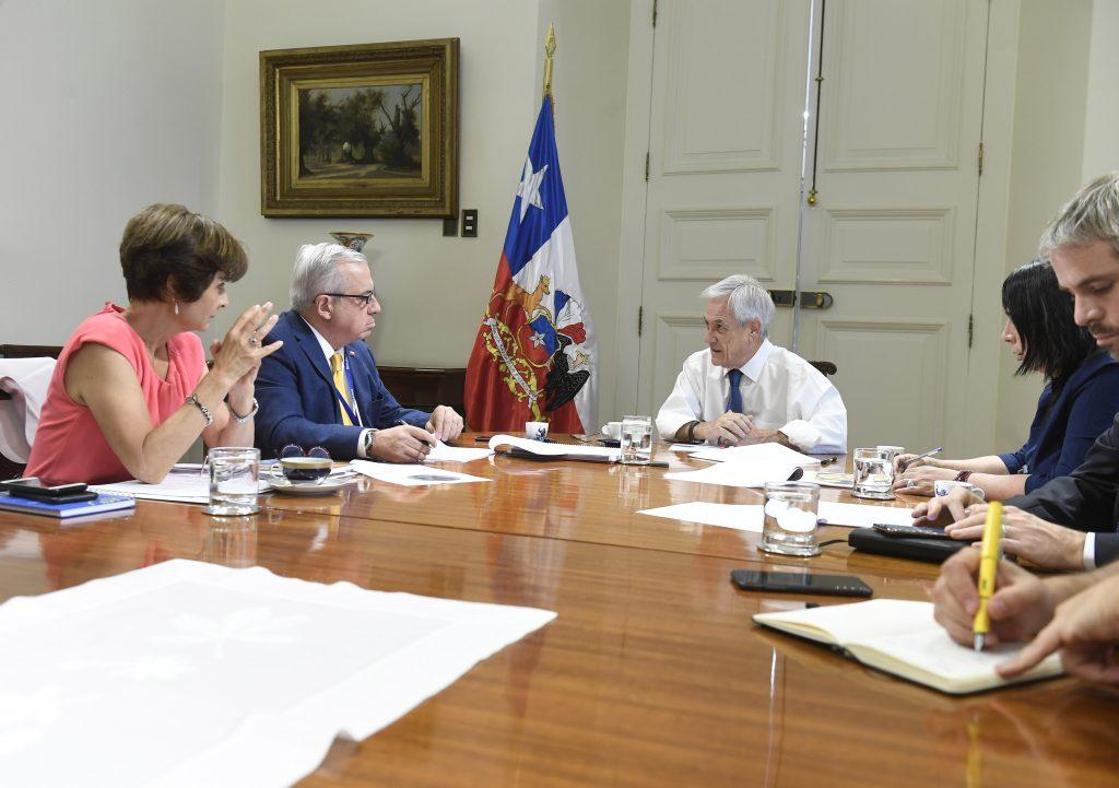 """Mañalich descarta casos de coronavirus en Chile pero advierte que posibilidad de que llegue al país """"no es baja"""""""