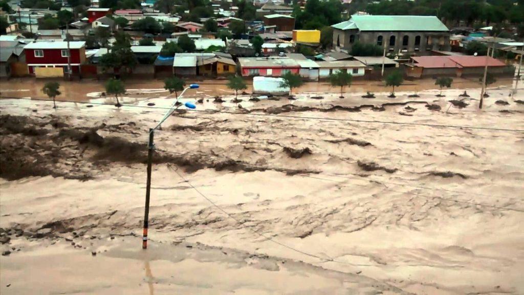Intensas lluvias en Atacama provocan la muerte de una persona