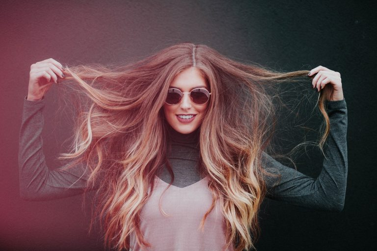 Frizz: El Nuevo aliado de tu cabello