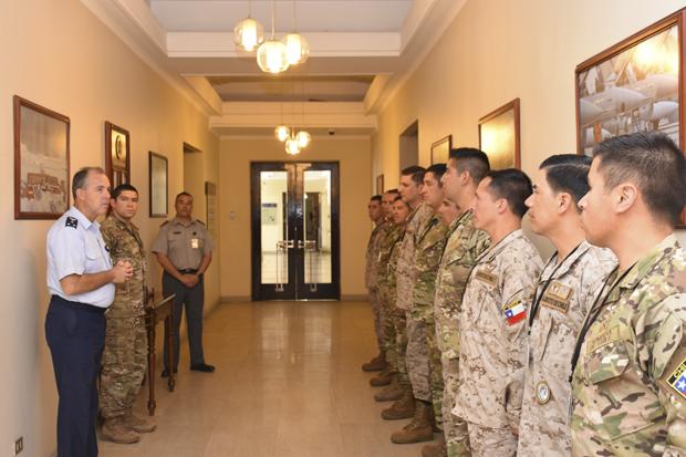 Parte a Chipre contingente para apoyar operaciones de mantenimiento de paz