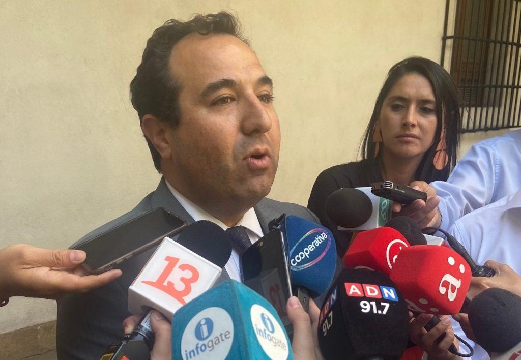 """Galli justifica querella del Gobierno contra ex mirista: """"Traspasó los límites"""""""