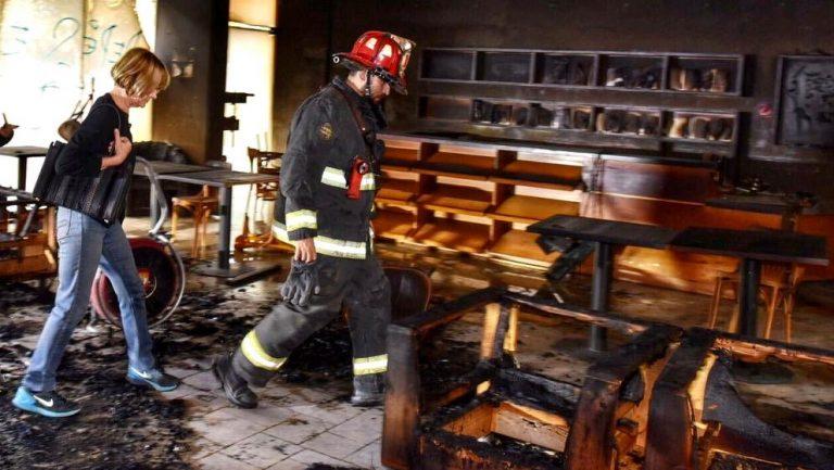 Incendio intencional destruye el Café Literario de Providencia: Pérdida es total dijo la alcaldesa Matthei