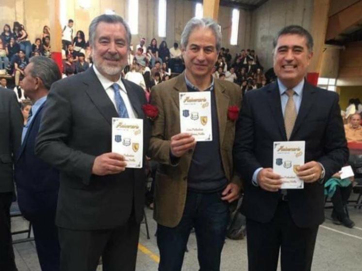 """Desbordes responde duro a De la Carrera: """"Representan lo peor de la política"""""""
