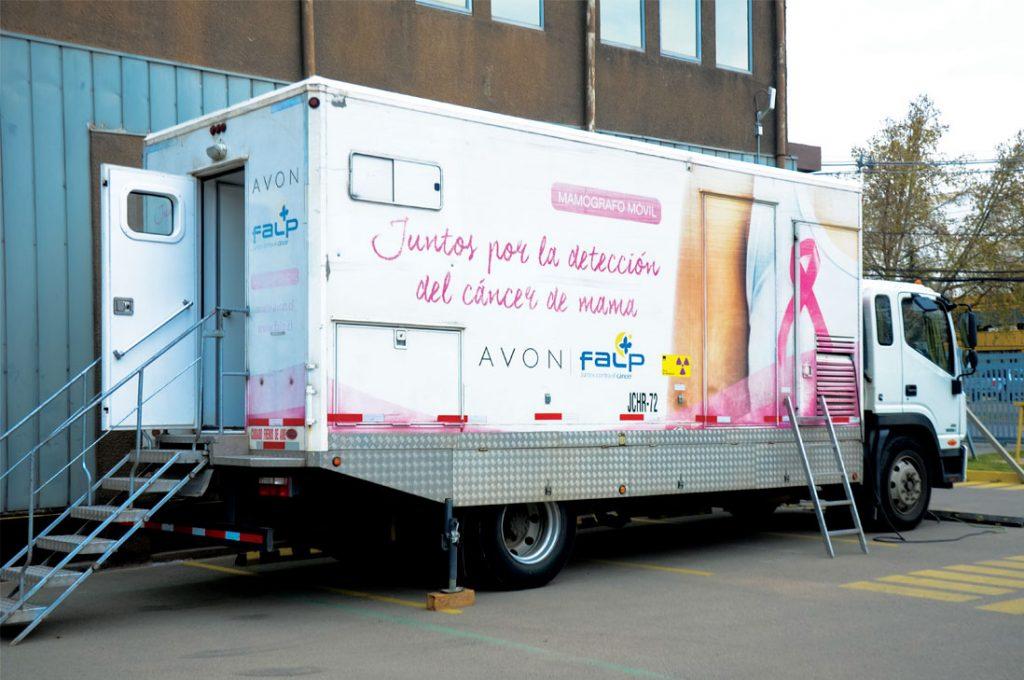 Mamógrafo móvil de Avon seguirá recorriendo Chile este 2020