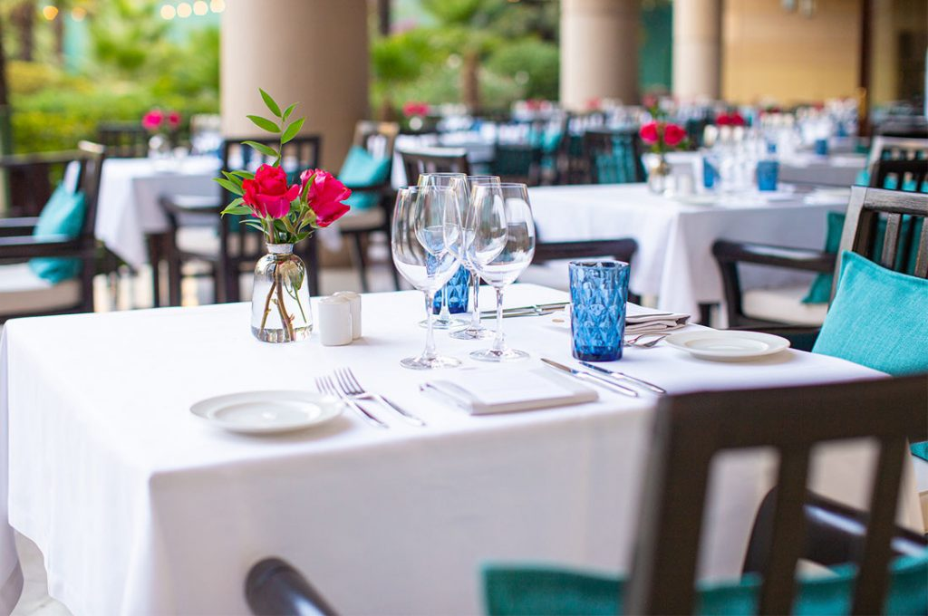Propuestas gastronómicas y música en vivo en las terrazas y jardines de Mandarin Oriental
