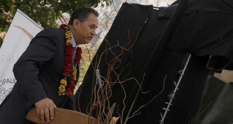 Alcalde de Isla de Pascua advierte que hay más casos de CORONAVIRUS que los que dice Minsal
