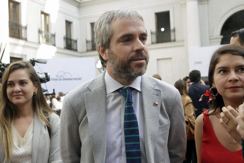 Blumel en picada contra eventual solicitud de inhabilitación del Presidente Piñera