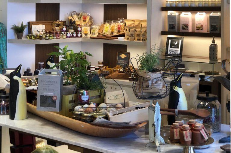 Echinuco inaugura su primera tienda del país en Parque Arauco