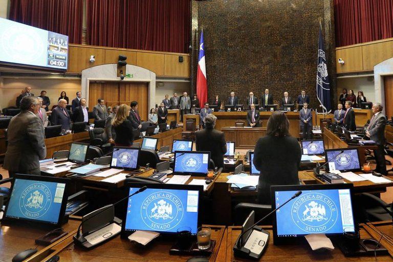 Pinponeo legislativo: Senado despacha a la Cámara ley de busca bajar dietas parlamentarias