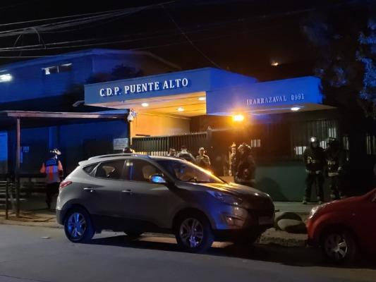 Gendarmería descarta motín en penal de Puente Alto y dice que fue una pelea entre internos