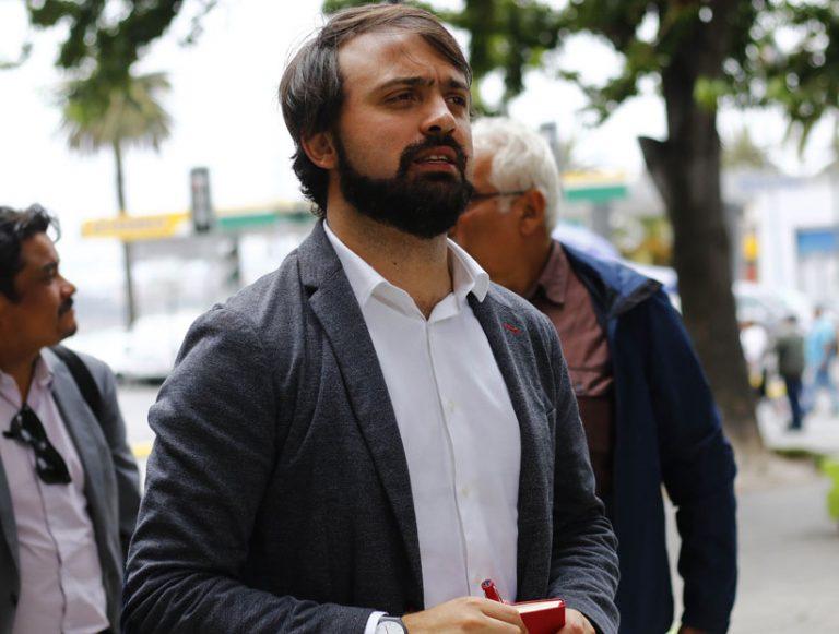 Justicia rechazó recurso de alcalde Sharp para conocer identidad de contagiados