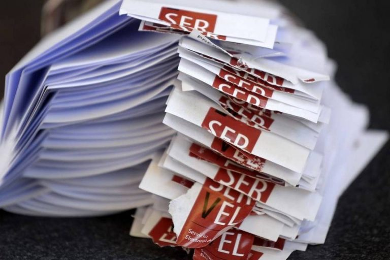 """Sigue discusión por Plebiscito: Presidente de la CPC pidió concentrarse """"en los contenidos"""""""