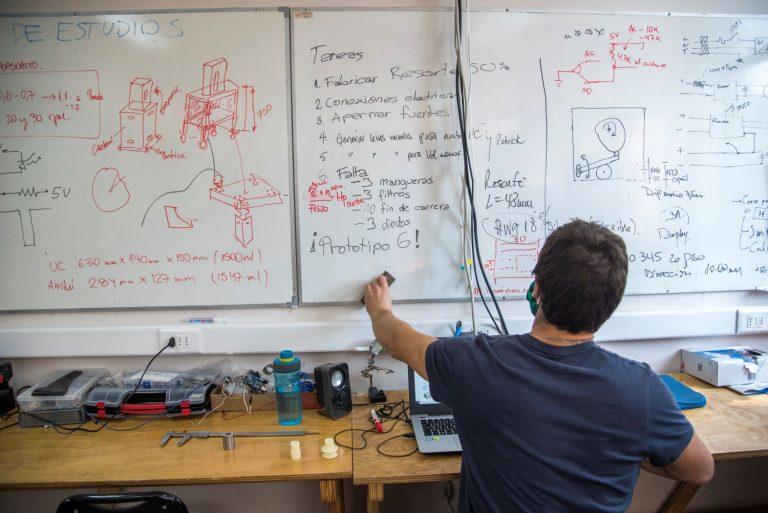 26 prototipos de ventiladores mecánicos de emergencia se están desarrollando en el país