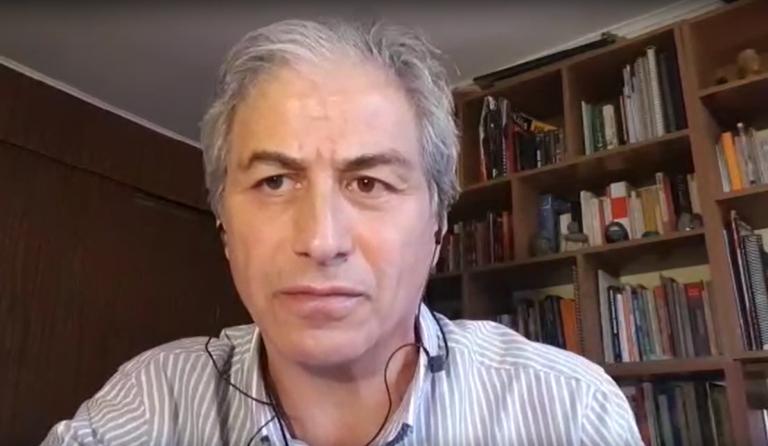 """Mario Aguilar responsabiliza a ministro por contagios en colegio de Providencia: """"Se ha lavado las manos"""""""