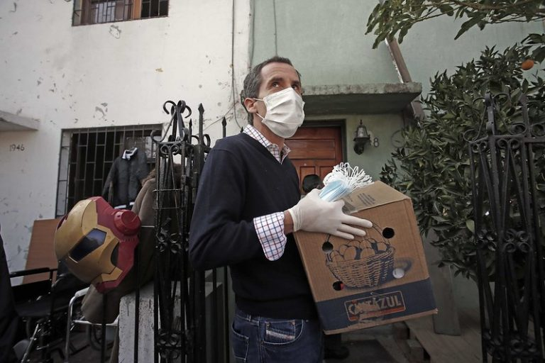 """La aterradora advertencia de alcalde Alessandri: """"Los vecinos se me están muriendo de hambre"""""""