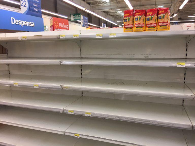 Presidente debe salir a explicar otro error comunicacional por entrega de cajas de alimentos