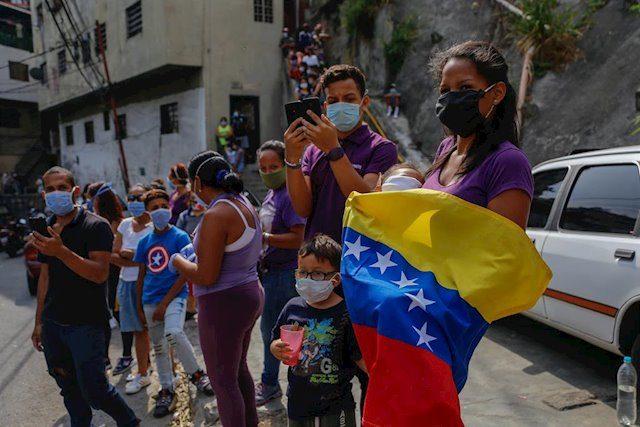 Urge ayuda humanitaria para Venezuela, alerta informe