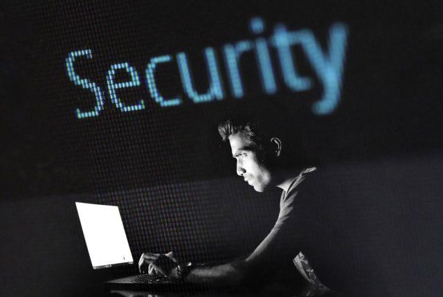 Expertos alertan sobre los tres fraudes más comunes al realizar arriendos online y qué hacer para evitarlos