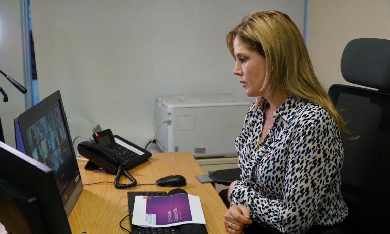 """Diputadas PPD aseguran que renuncia de la ministra de la Mujer """"se veía venir"""""""