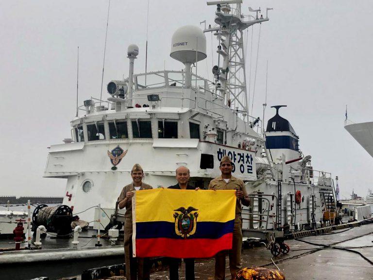 Corea del Sur sigue donando buques a marinas sudamericanas: ahora Ecuador recibirá 2