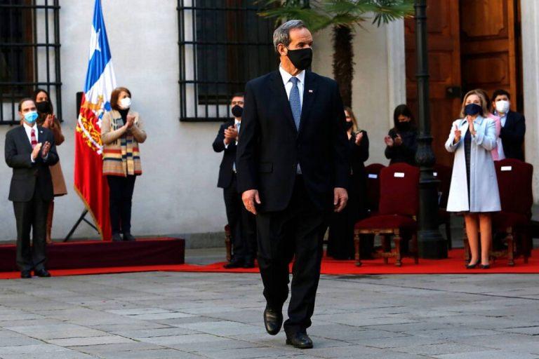"""Allamand recalca la """"amistad profunda"""" y la """"integración"""" al dar a conocer conversaciones con  sus pares de Argentina, Perú y Uruguay"""