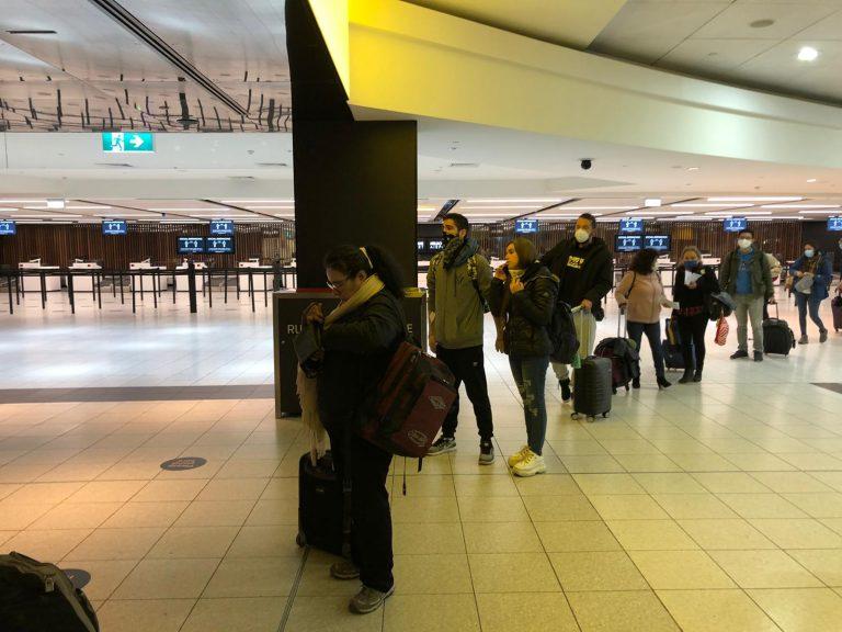 Canciller Ribera afirma que se ha repatriado a 110.000 personas al país en medio de la pandemia