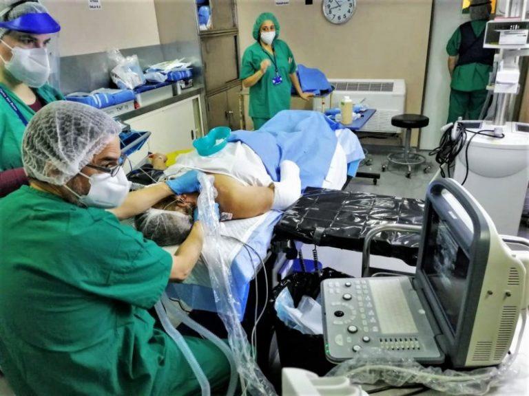 """Buque """"Sargento Aldea"""" y Hospital Carlos van Buren han desarrollado 30 cirugías en Valparaíso durante la pandemia"""