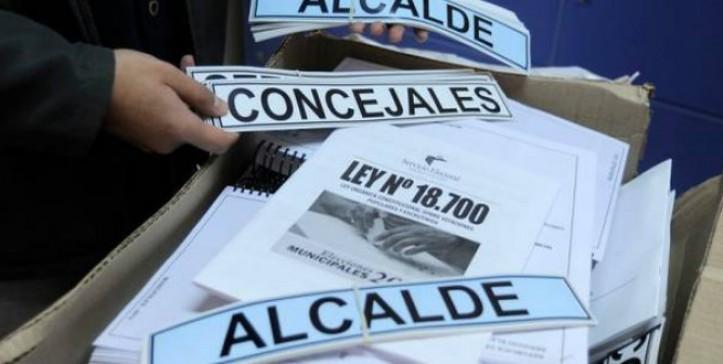 """Pepe Auth a lo """"Yolanda Sultana"""" lanza sus predicciones para elecciones del 15 y 16 de mayo"""