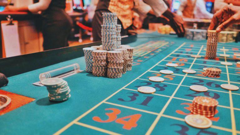 ¿Cuál es la regulación actual de los juegos de azar y casino en línea en Chile y otros países de Latinoamérica?