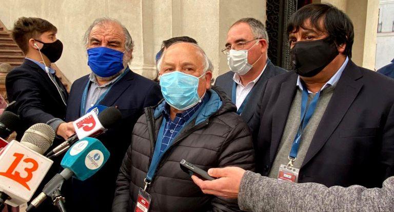 """Camioneros advierten en La Moneda: """"Una quema más y vamos a reaccionar"""""""