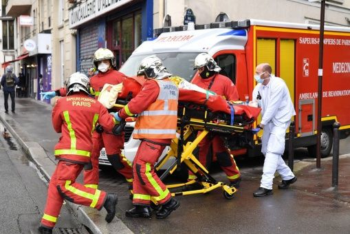 Cuatro heridos deja ataque con cuchillo cerca de la sede de Charlie Hebdo en Francia