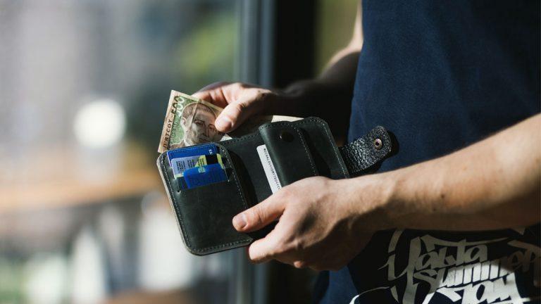 Pago de deudas aumentó un 20% tras retiro de fondos de AFPs