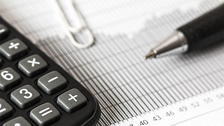 """Experto advierte fuerte """"rebrote"""" de la crisis financiera a partir de octubre"""