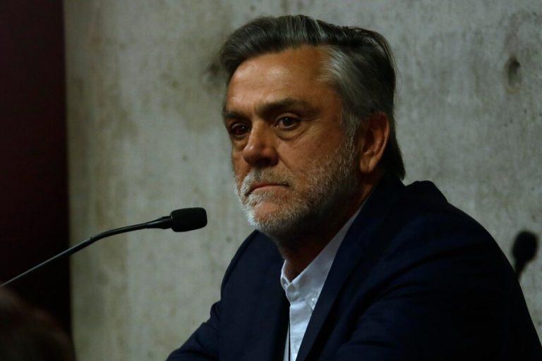 """Diputado Soto dice que Longueira tiene una estrategia mediática para demostrar su """"falsa inocencia"""""""