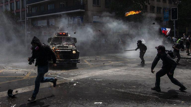 Gobierno rechaza opción de amnistía para detenidos tras el 18-O propuesta por senador Navarro
