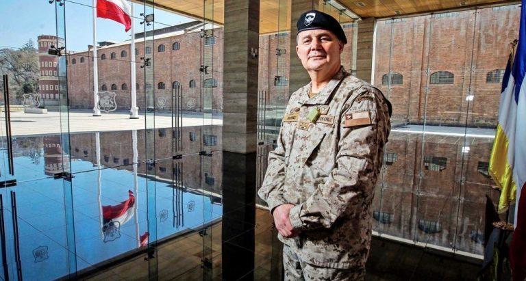 Ejército desmiente información que denuncia viaje de comandante en jefe a China