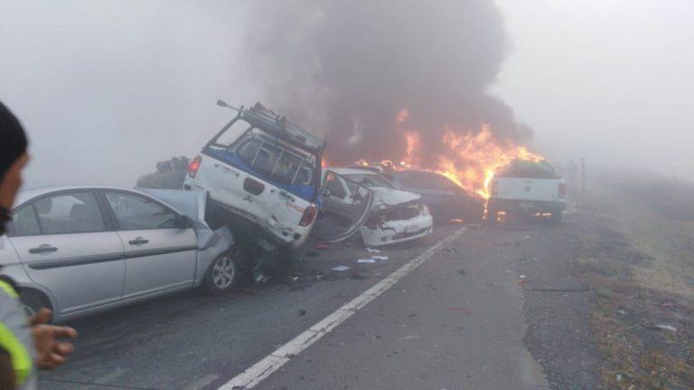 ACTUALIZADO : Dantesco accidente múltiple en Ruta 5 Sur en  cruce La Turbina -Victoria