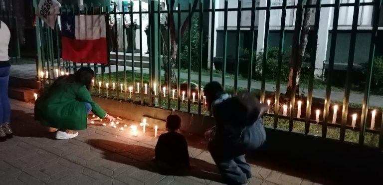 Realizan velatones en distintos puntos del país por carabinero asesinado en La Araucanía